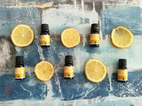 craftiviti lemon essential oil yein and young