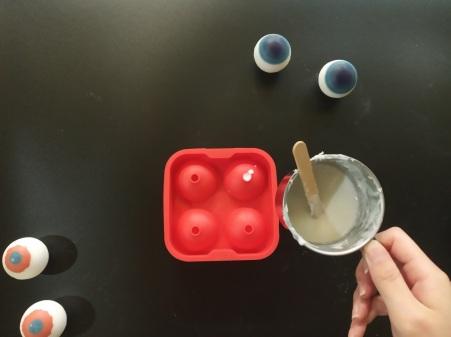 Craftiviti diy eyeball soap halloween (7)