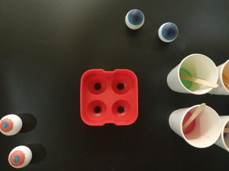 Craftiviti diy eyeball soap halloween
